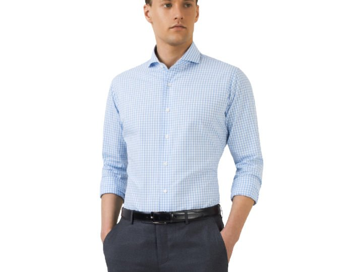 The Difference Between a Slim and Regular Fit Shirt