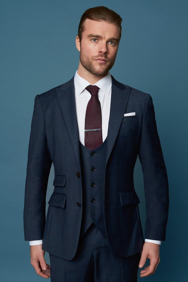 TAILORED SUITS